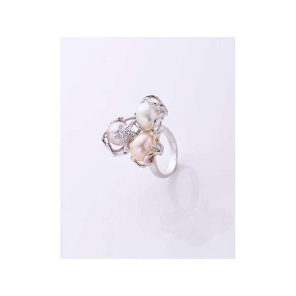 Anello con perle di fiume naturali